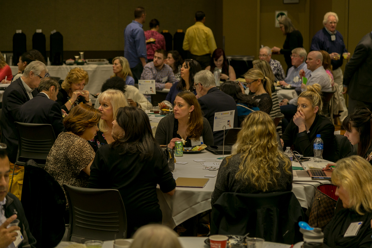 audience members at the keys to digital marketing conference in lisle illinois